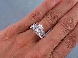 how to wear wedding ring set wedding ring set for s finger trendy mods