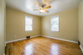 Laminate Floor On Ceiling 400 Hoover Road Ambler Montcoresource