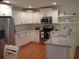 Tops Kitchen Cabinets by Shaker Style Kitchen Cabinets White Carrara Marble Counter Tops