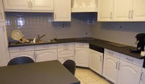 comment renover une cuisine comment repeindre une cuisine en chêne renovationmaison fr