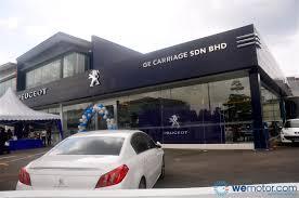 peugeot car dealership nasim opens peugeot blue box kota damansara wemotor com