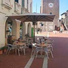 Restaurant Patio Umbrellas Commercial Patio Umbrella All Architecture And Design