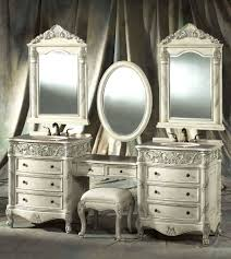 White And Mirrored Bedroom Furniture Vintage Broyhill Bedroom Furniture White Finished Oak Wood