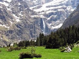 Pyrenees Mountains Map Midi Pyrénées Attractions And Landmarks Wondermondo