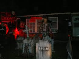 halloween horror nights saw 13 haunted attractions to freak you out this halloween