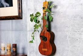 16 creative ways to recycle old guitar into beautiful home décor items