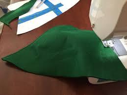 como hacer un sombrero de robin hood en fieltro cómo hacer un sombrero de robin hood paso 2 haz la costura