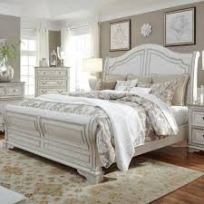White Sleigh Bed Liberty Furniture Magnolia Manor Queen Sleigh Bed With Antique