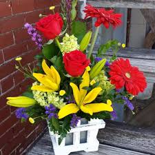 Cottage Inn Delivery by Fort Madison Florist Flower Delivery By The Flower Cottage