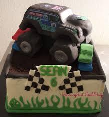 grave digger monster truck grave digger monster truck cake cakecentral com