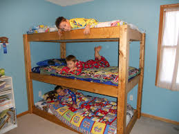 3 Way Bunk Bed Bunk Beds For 3 Home Design Ideas Kid Bed Picture Bedroom
