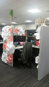 Work Desk Decoration Ideas Best 25 Cubicle Birthday Decorations Ideas On Pinterest Office