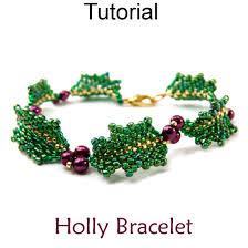 holly mistletoe beaded bracelet christmas holiday jewelry making