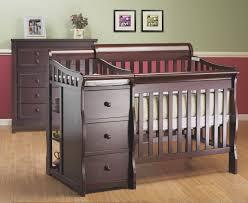 Princeton Convertible Crib by Sorelle Princeton 4 In 1 Convertible Crib With Changer Espresso