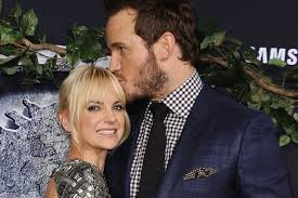 jennifer lawrence and chris pratt unveil first footage from