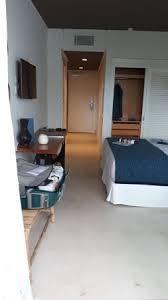 chambre et très grand chambre et un placar pour le linges picture of hotel