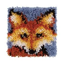 wonderart latch hook kit 8 x 8 mr fox accessories yarnspirations
