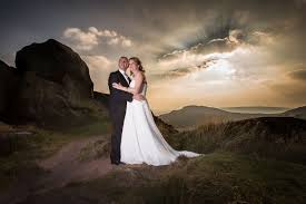 photography wedding why you should hire professional wedding photographers