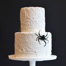 marshmallow spiderweb cake