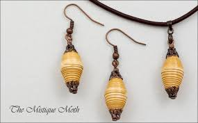 Beaded Jewelry Making - pretty paper bead jewelry designs