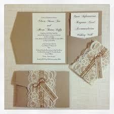Rustic Wedding Invites Přes 25 Nejlepších Nápadů Na Téma Pocketfold Wedding Invitations