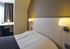 hotel lighting create a boutique bedroom lighting in 10 easy steps