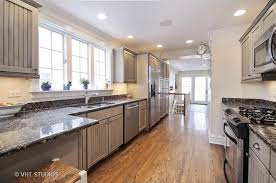 Glenview Custom Cabinets 231 Parkview Rd Glenview Il 60025 Mls 09571302 Redfin