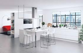cuisine blanche avec ilot central cuisine blanche avec ilot central convivial de but 5773935 lzzy co