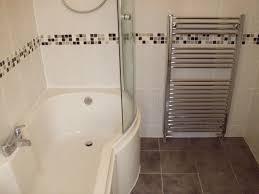 badezimmer in braun mosaik bordüre badezimmer braun sensationell auf badezimmer auch fliesen