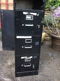 How To Paint A Metal File Cabinet Uf Hack Turn A Filing Cabinet Into A Planter Hobby Farms