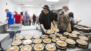thanksgiving 1995 genesis project hosts hundreds of utahns for thanksgiving dinner