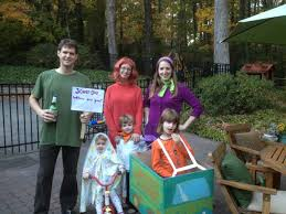 Scooby Doo Gang Halloween Costumes Halloween Family Costumes Dads