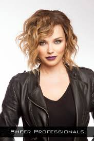 haircut short curly hair 139 best meet me in the middle images on pinterest latest