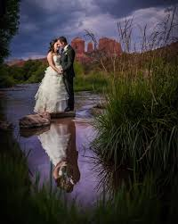 Local Wedding Photographers Why Choose A Local Sedona Wedding Photographer Sedona Wedding