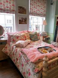 A Visit To Cath Kidston Love This Bedroom Now I Lay Me Down To - Cath kidston bedroom ideas