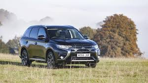 mitsubishi truck indonesia 2017 mitsubishi outlander phev juro limited edition review top speed
