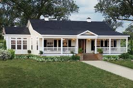 Hipped Roof House Plans Hip Roof Front Porches For Ranch Style Homes Notice How The