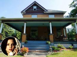 silence of the lambs house u0027s asking price drops because couple can