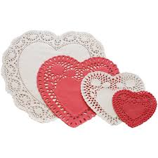 heart shaped doilies 24 white heart paper doilies co uk kitchen home