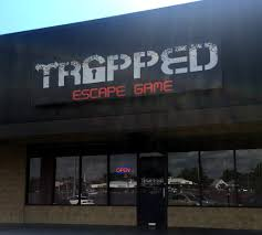 review trapped escape game haunted cabin