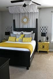 deco de chambre noir et blanc chambre a coucher jaune et blanc fort couleurs id es de d