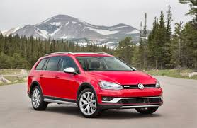 2017 volkswagen golf alltrack review vw u0027s guide to practical