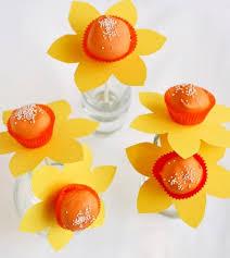 daffodil cake pops bake at 350