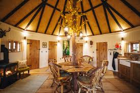 Treehouse Living King Arthur U0027s Willow Luxury Treehouse In Wiltshire Only At Mill Farm