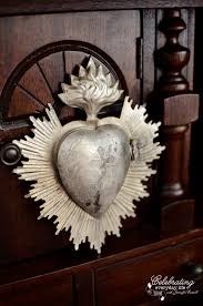 Locket Ornament Sacred Heart Locket Sacred Heart Vintage And Mexicans
