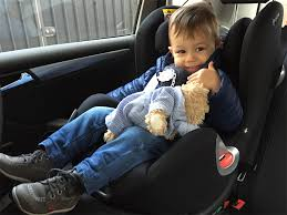 quel age sans siege auto j ai enfin mis le siège bébé à la route poulette