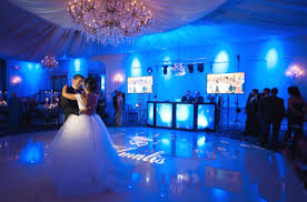 wedding dj three injured during wedding reception because of the