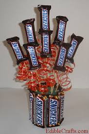 candy basket ideas birthday gifts diy snickers candy bouquet
