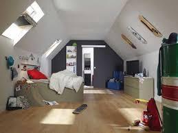 peinture chambre sous pente décoration peinture chambre sous pente 19 denis 10302120