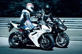 2011 triumph daytona 675 r moto zombdrive com